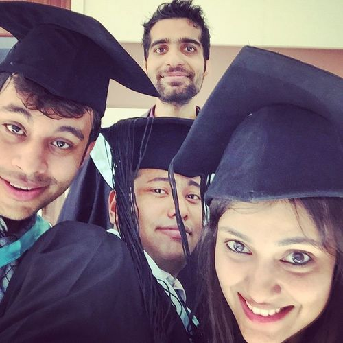 And we are all Convocated... MBA officially over!!! Cheers to all Mba Convocation2015 Convocated Nmims FunTimesNeverEnd WeirdPicsContinue CheersToAll Celebrations LastDayOfMBA Fun