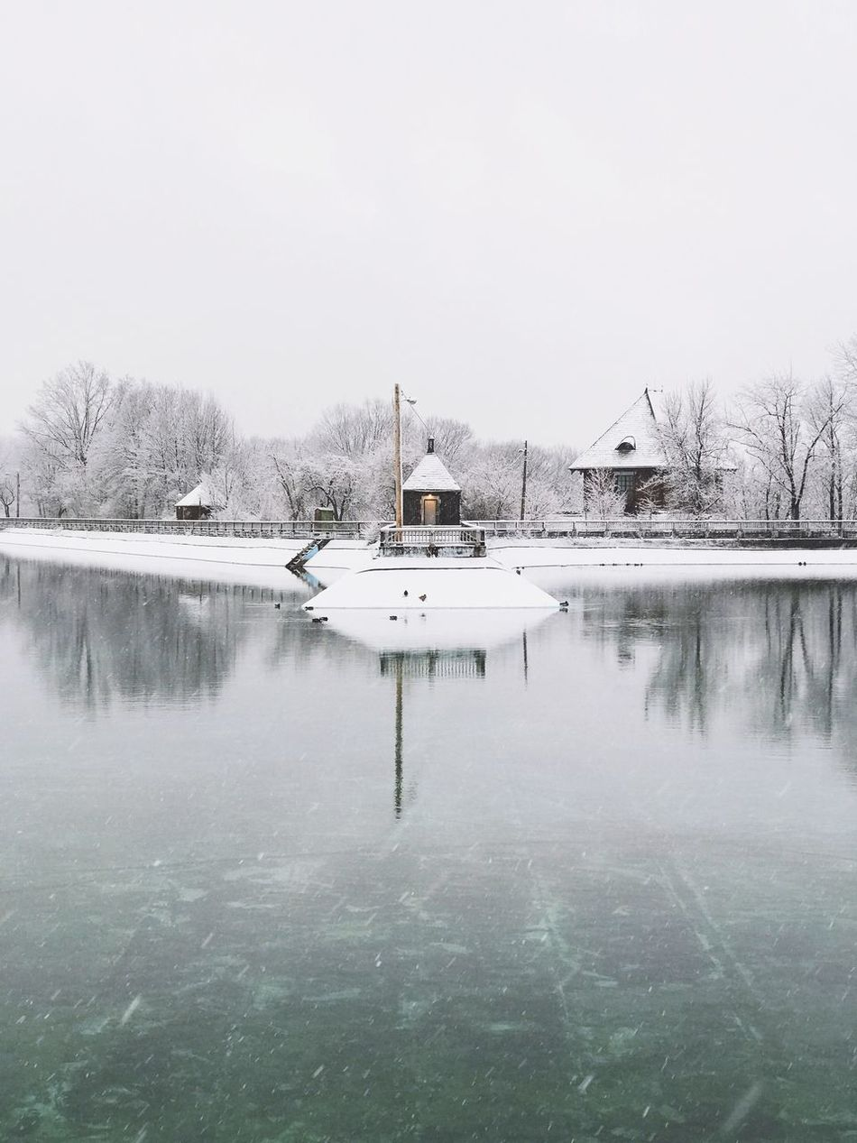 Reflection Water Nature Built Structure Architecture Building Exterior Clear Sky Lake No People Winter Outdoors House Day Cold Temperature Tranquil Scene Snow Beauty In Nature Tranquility Sky Tree Resovoir