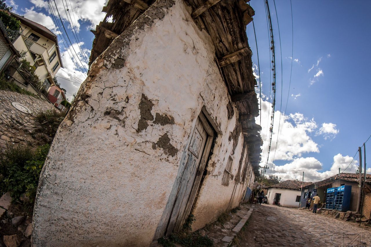 Adapted To The City Old Old Buildings Honduras Photo Photography Photooftheday Photographer