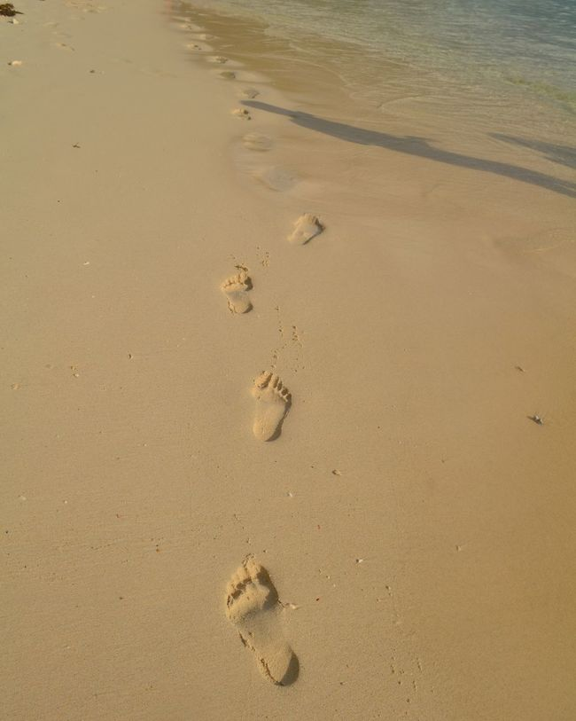 Sand Footprints El Nido Palawan Travel Wanderlust Awesome