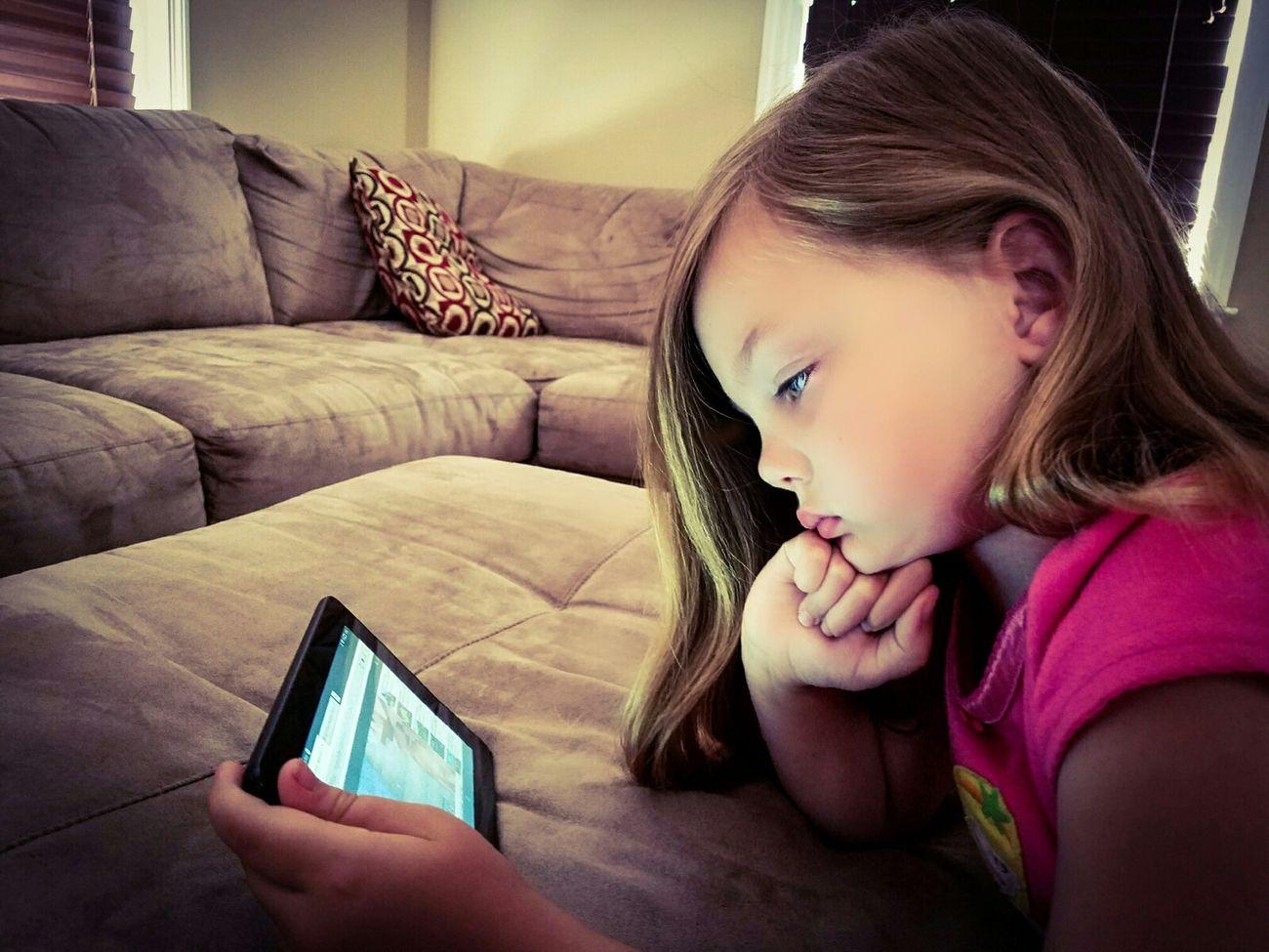 Internet Addiction Childhood Internet Addict Tablet Device