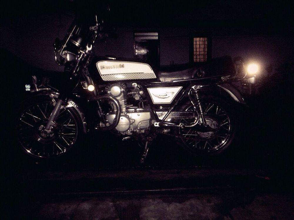 Kawasaki Kawasaki Kz200 Classic Bike Classic Elegance Kawasakiindonesia Blackandwhite