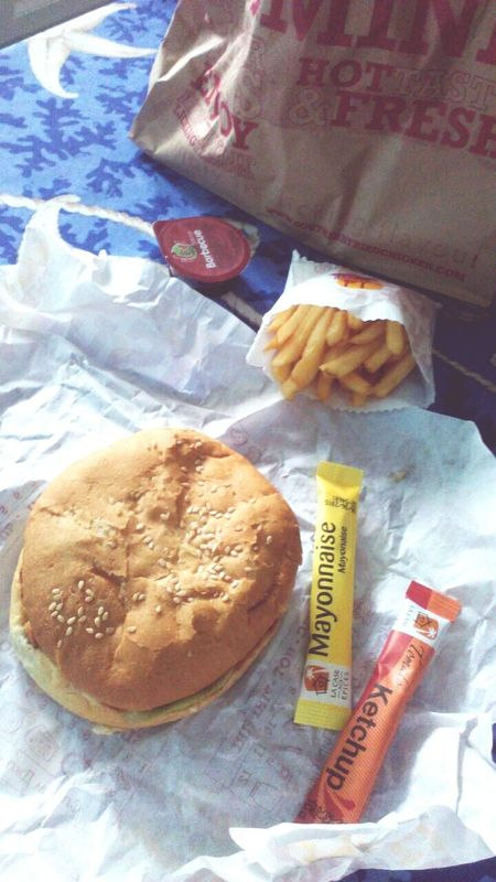 Miam'😍 Fastfood Hamburger Happy Meal 🍟🍔 Live Your Life *-*