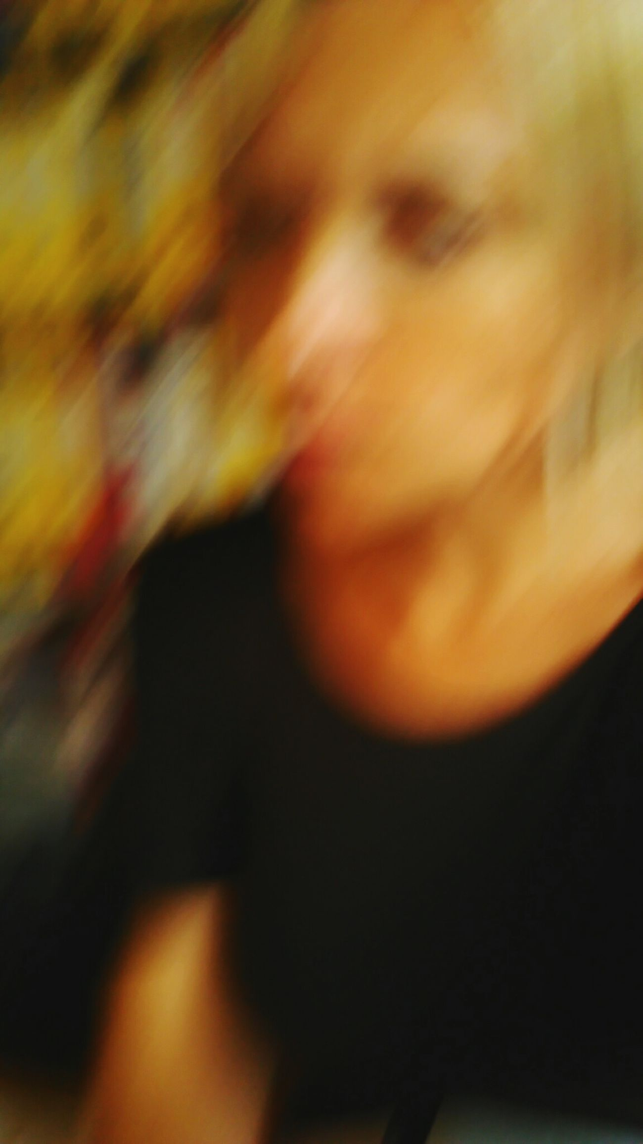 Good a day to all :) Blurred Motion Defocused Exceptional Photographs Hello World In Motion My Unique Style My Year My View One Person Real People Self Portait Thats Me  Tuesday_selfportrait_nonchallenge
