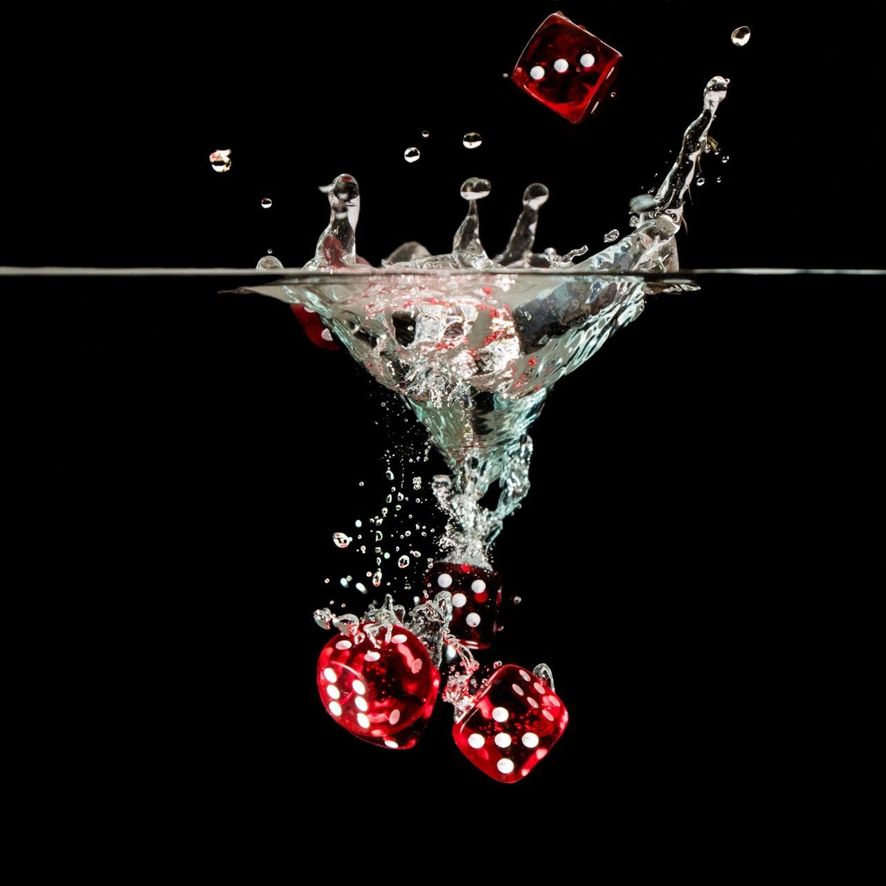 Close-up Motion Splashing Black Background Studio Shot Dark Red No People Splash Multi Colored Water Water Drops Eye4photography  Bubbles Black Background Cube Cubes GAMECUBE Game Cube Red Color Red Cube