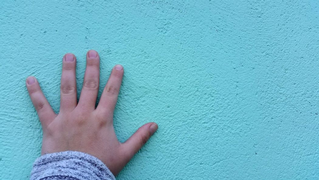 Leaning against the wall. Pastel Power Pastels Daily Life Simple People Hand Wall Architecture Simplicity Design Modern Paint Citylife City Urban