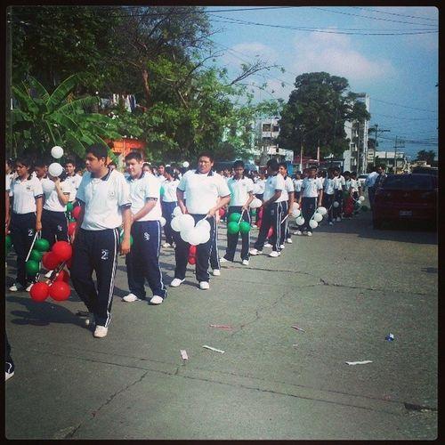 Desfile 20denoviembre  M /v