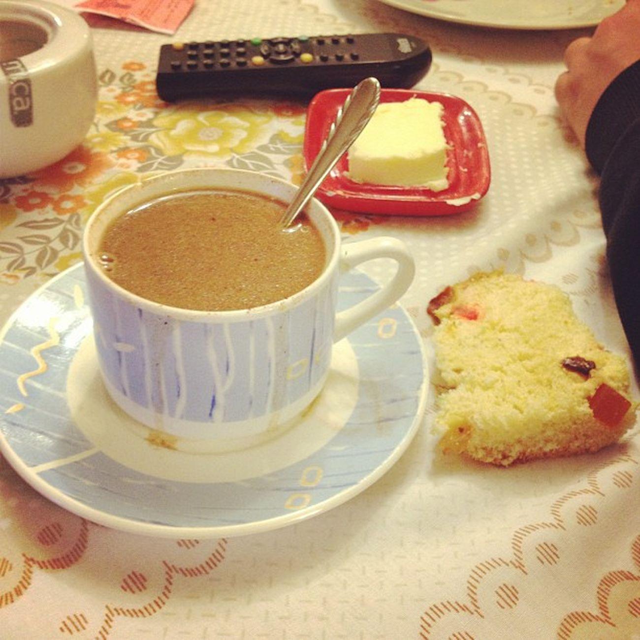Lahoradellonchecito con la tipica celebracion por Fiestaspatrias 29julio Paneton chocolate igersperu instagramperu