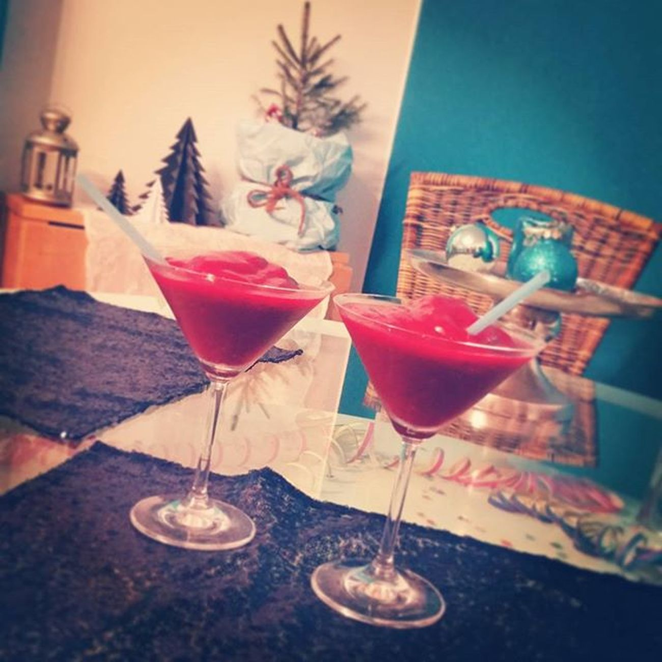 December31 Partyfortwo Frozendaiquiri Drinks Byebye2015 Captainmorgan