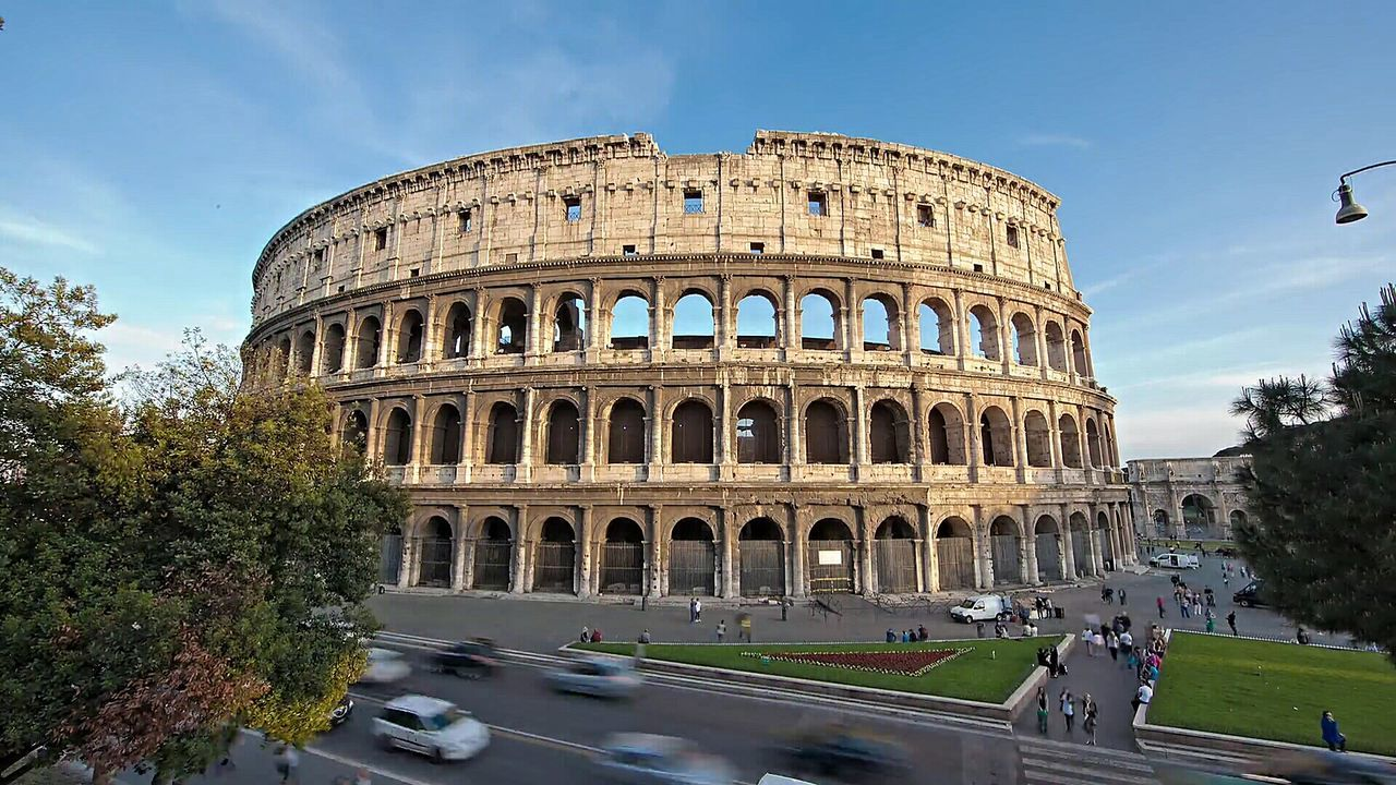 Travel Destinations Old Ruin History Travel Tourism Amphitheater Architecture Cultures Arts Culture And Entertainment Ancient Outdoors Rome Italy🇮🇹 Rome, Italy Colosseo Roma Street Photography Old-fashioned Landscape Colour Photography Streetphoto_color Streetphotography Colosseo. Rome
