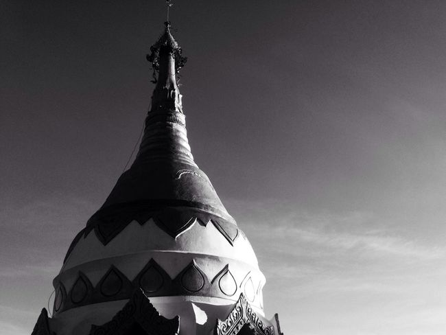 Temple IPhoneography Blackandwhite EyeEm Best Shots Traveling Thailand Monochrome Peace And Quiet