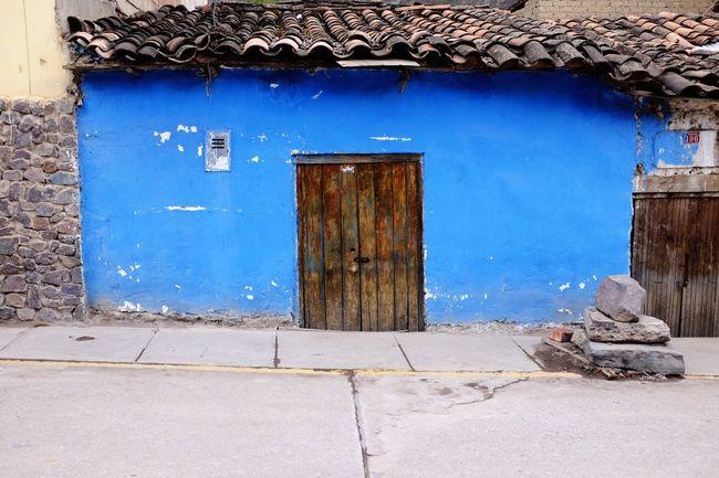 Blue walls little doors... Ollantaytambo Ollantaytambo - Peru Doors Bluewalls Blue Azul Puertas Pequeñas Puerta Peru Peruvian