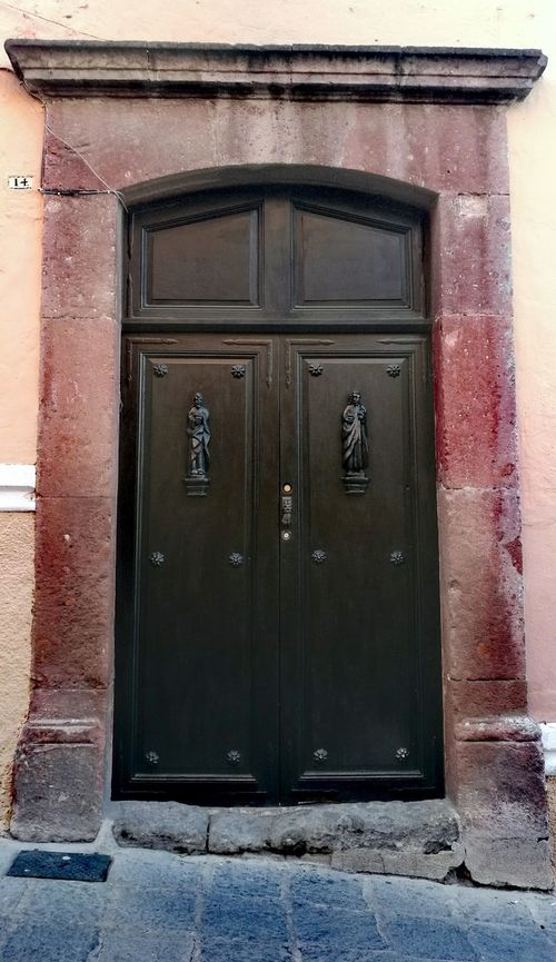 San Miguel de Allende, Guanajuato. Door Doors Building Exterior Entrance No People Architecture Old-fashioned Huawei Huaweiphotography Mate8 Huawei Mate 8 Nofilter Nofilters