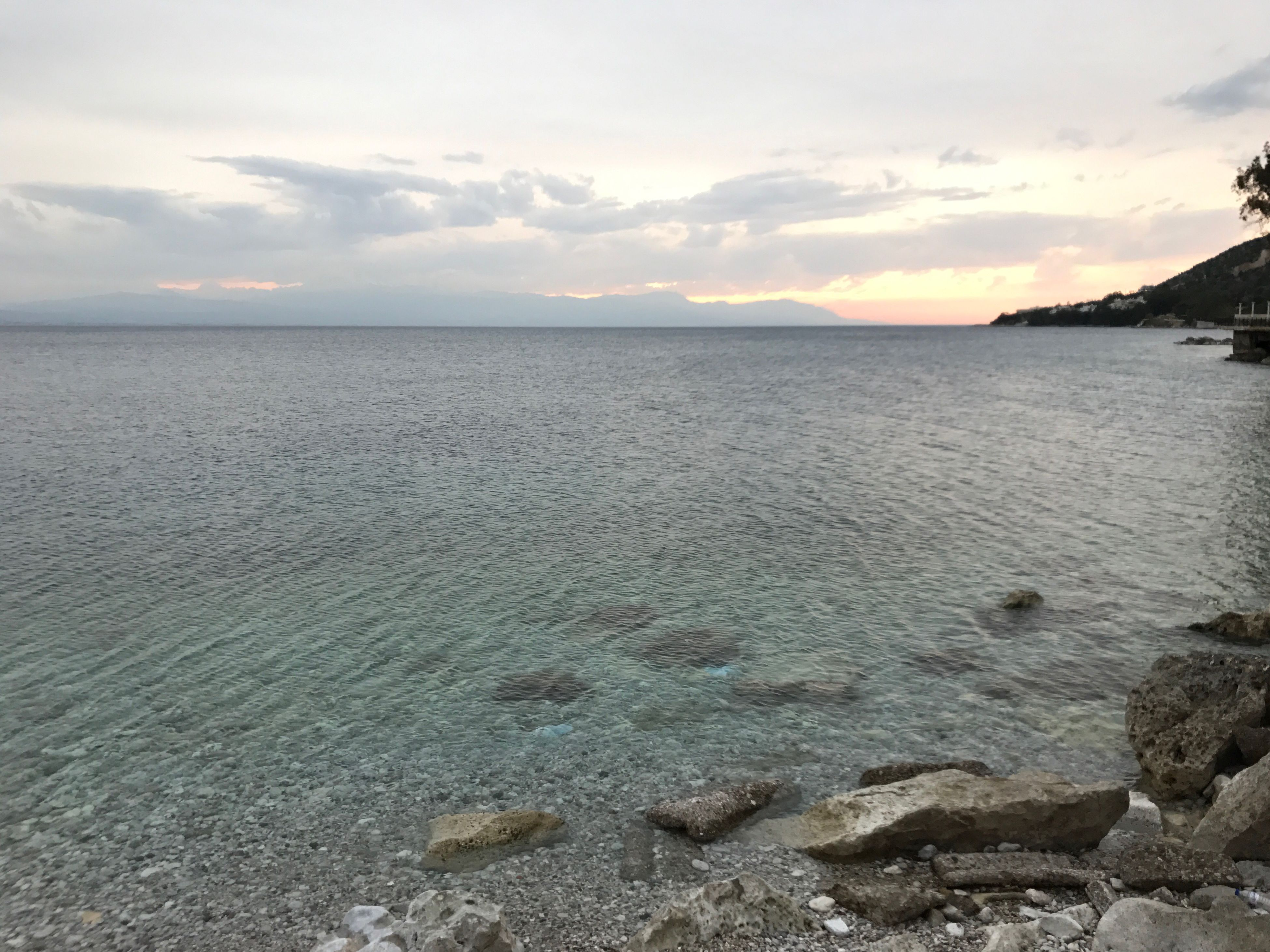 sea, nature, sky, water, beach, beauty in nature, tranquil scene, scenics, horizon over water, tranquility, no people, outdoors, day, cloud - sky, sand, seashore