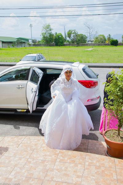 Bride Wedding Dress Wedding Lifestyles Life Events Beautiful Caribbean Stillife Trinidad And Tobago Muslimwedding