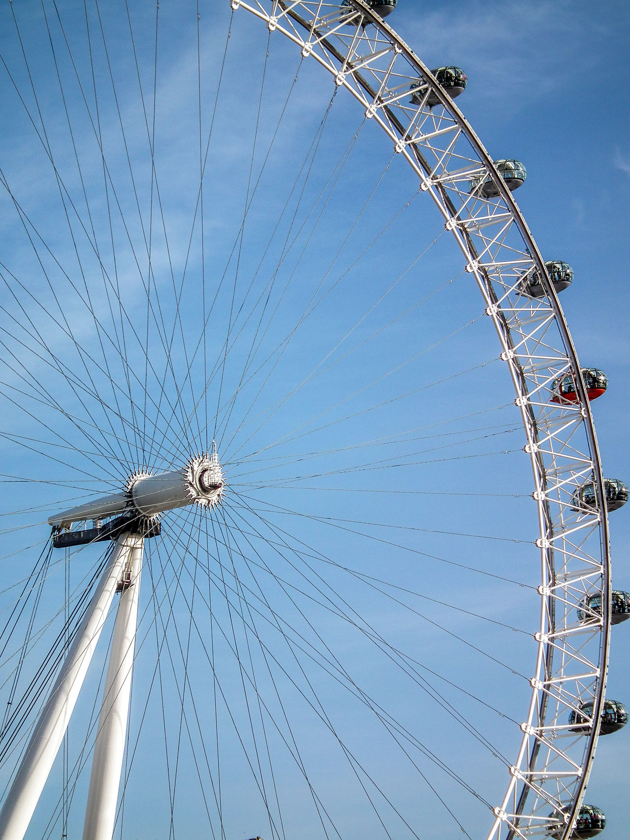 Amusement Park Big Wheel Day England Ferris Wheel Gran Bretagna Great Britain Großbritannien Inghilterra London London Eye London Eye🎡 LondonEye Londra Low Angle View No People Outdoors Sky
