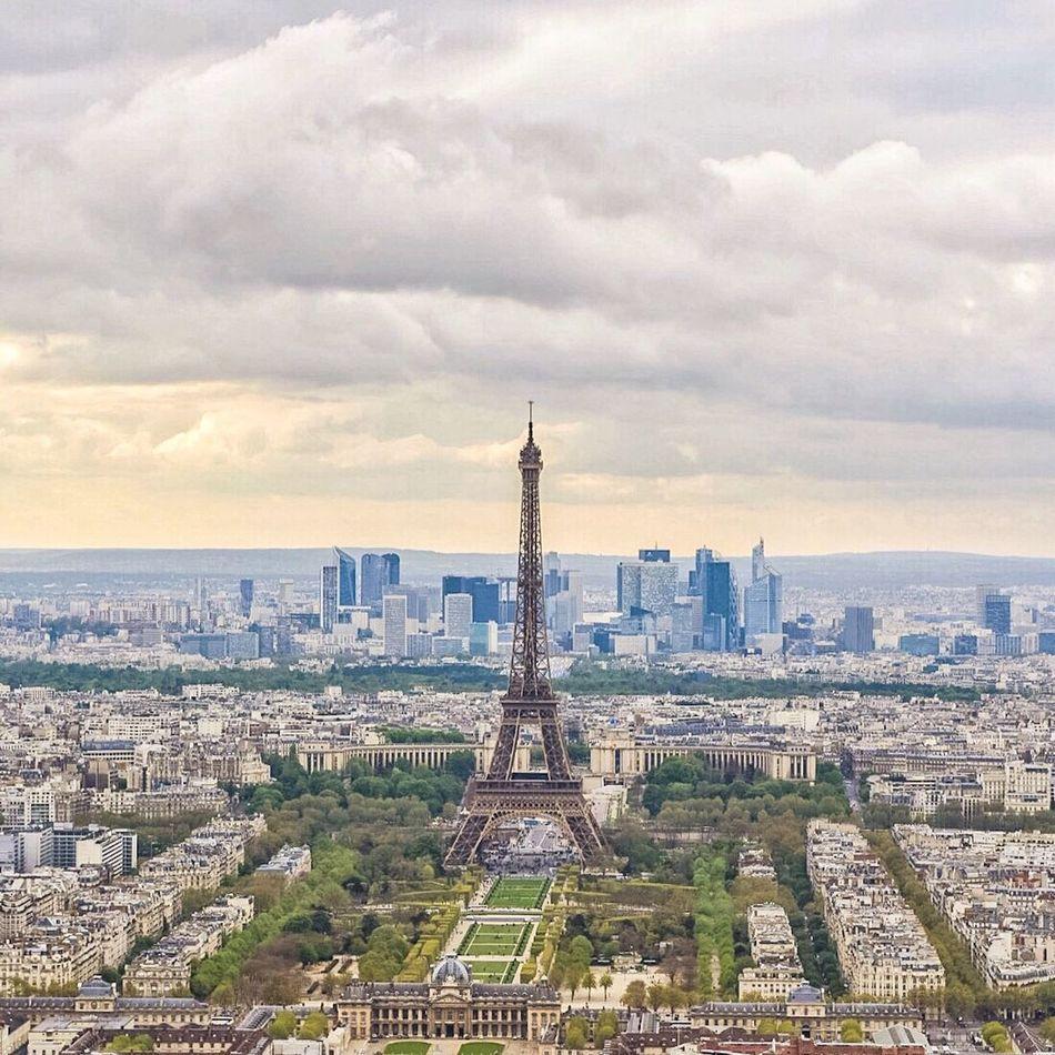 Bonsoir Paris! Good Evening Paris Paris EyeEm Best Shots Photooftheday Eiffel Tower Tour Eiffel Paris ❤ WWIM13Paris