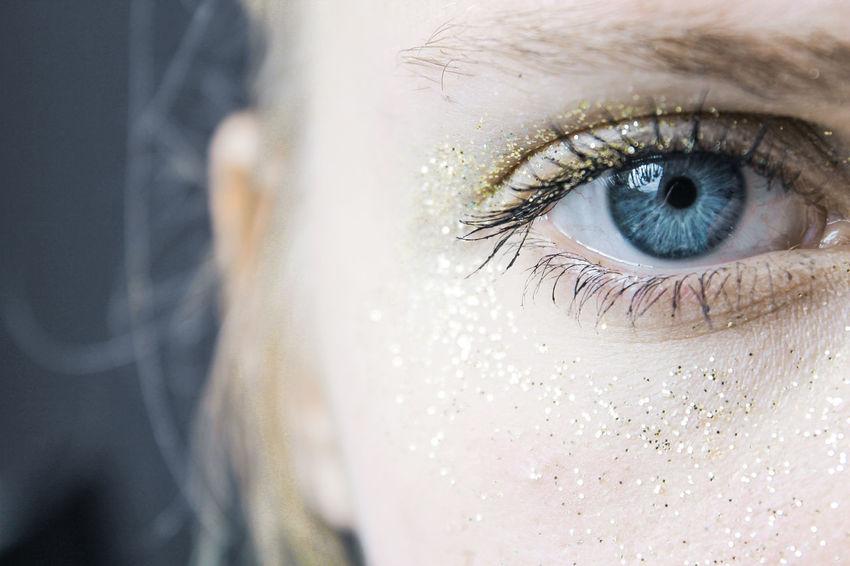 Human Eye Blue Eyes Looking At Camera Eye Eyelash Beauty Portrait Eyebrow People Color Love Day Indoors  Macro Blue Photography Eyeball Blue Eyes Glitter Shine Look Eyesight Close-up Photooftheday Gold Fresh On Market 2017