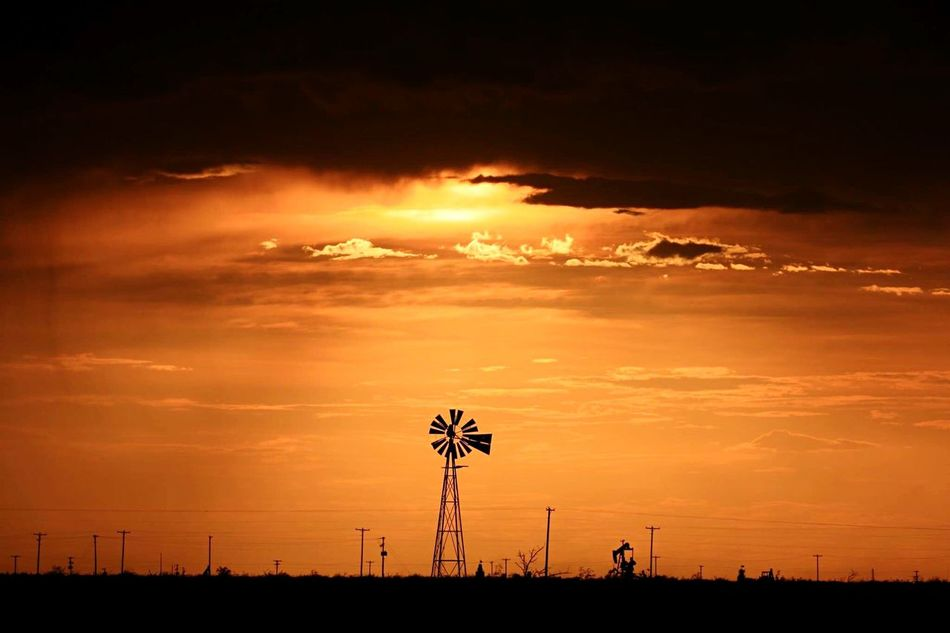 Beautiful stock photos of dark, American-Style Windmill, Copy Space, Dark, Distant