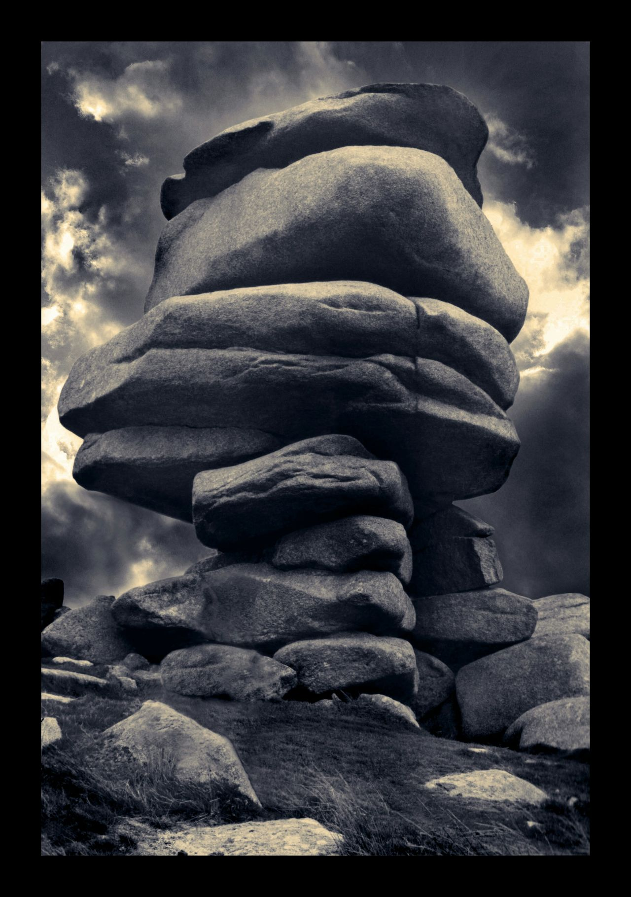 The Cheesewring. Cheesewring Minions Moors The Hurlers Cornwall Stones Stones N Rocks Momochrome Looking Up Cross Process Monochromatic Things Organized Neatly
