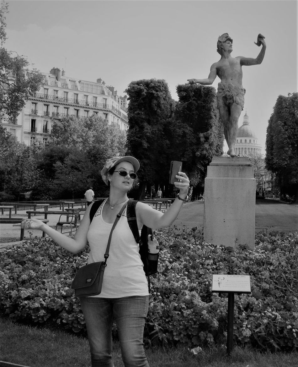 Tourist Selfie Adult Adults Only Black And White Comedy Funny Pics Jardin Du Luxembourg Jardin Du Luxembourg, Paris Outdoors Selfie Tourist Taking Selfies Selfie Culture Selfie Fun The Week On EyeEm