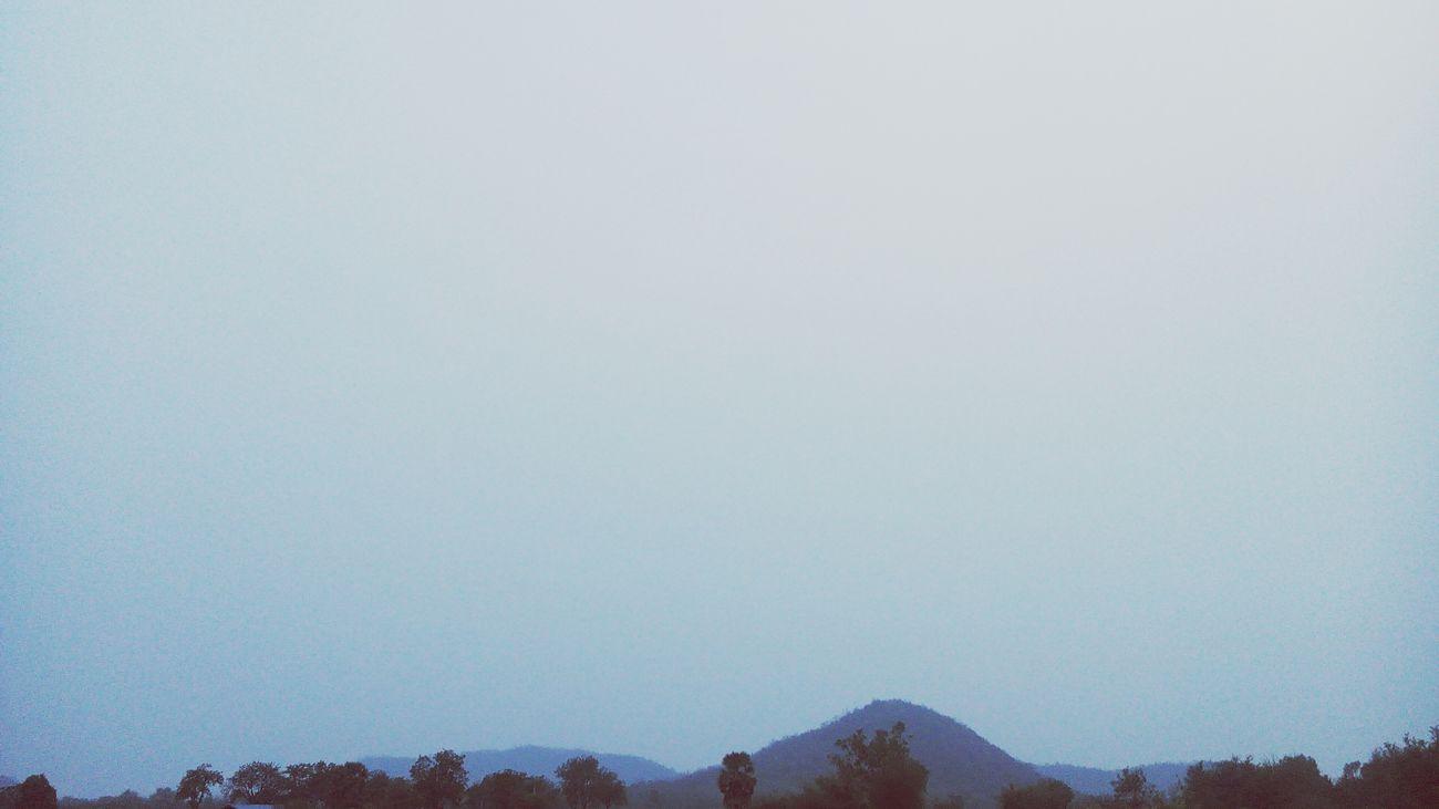 ภูเขาและท้องฟ้า สดใสทุกวัน Forest Sky 🌍🌄☁☁☁☁