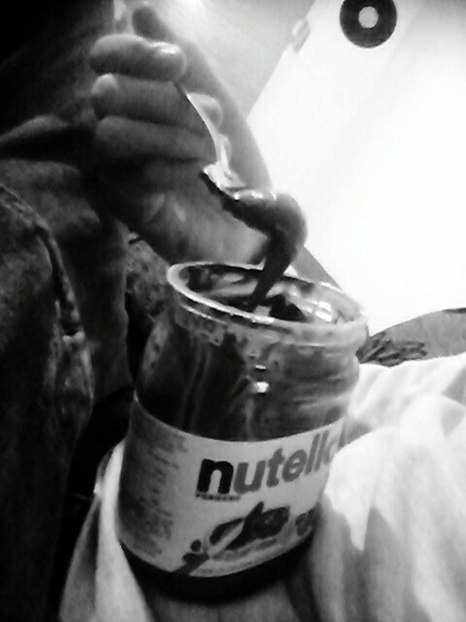 Nutella ♥ Yummmmmmmmy MmmMmmGood.. Eating Healthy Hahah  hahah