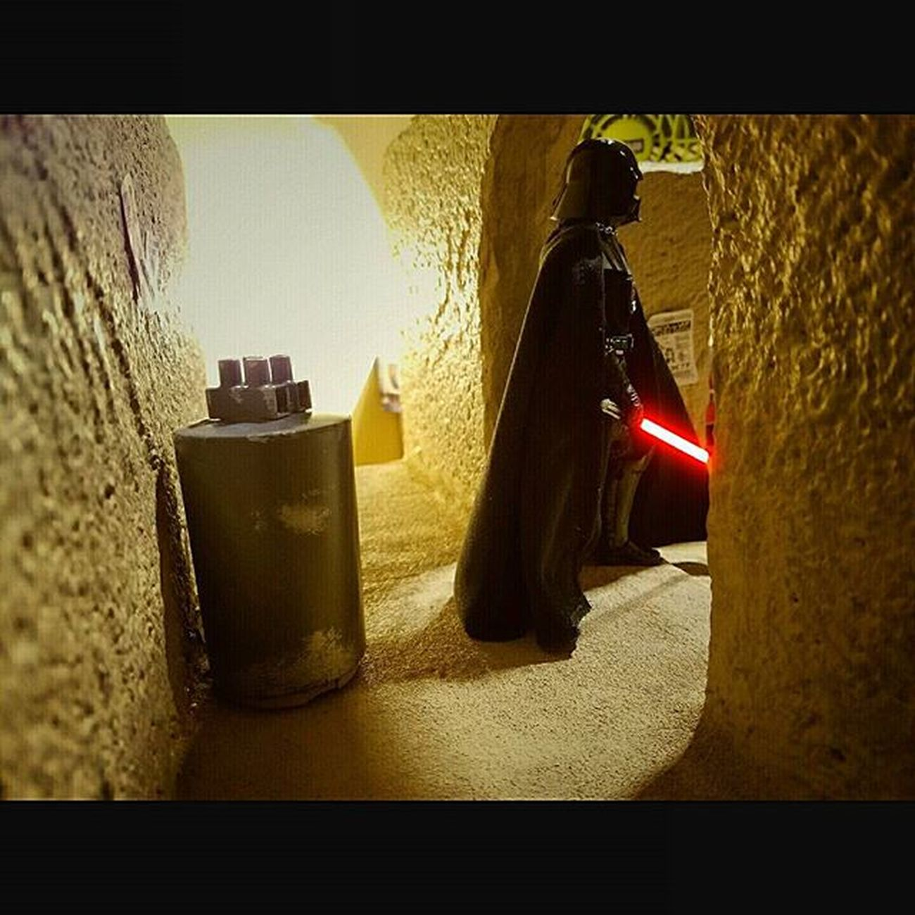Darth Vader looking for those droids. Sandtooine Tatooine Starwarstoyfigures Starwars Starwarsblackseries Blackseries Starwarstheblackseries Ihatesand Moistureevaporators Moisturefarm Diorama Wanted Wantedposter Droids Hansolo Darthvader Lightsaber Lordvader Darkside Sith