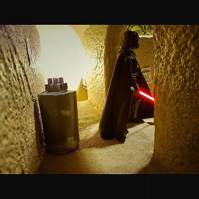 Darth Vader looking for those droids. Sandtooine Tatooine Starwarstoyfigures Starwars Starwarsblackseries Blackseries Starwarstheblackseries Ihatesand Moistureevaporators Moisturefarm Diorama Wanted Wantedposter Droids Hansolo Darthvader Lightsaber Lordvader Darkside Sith