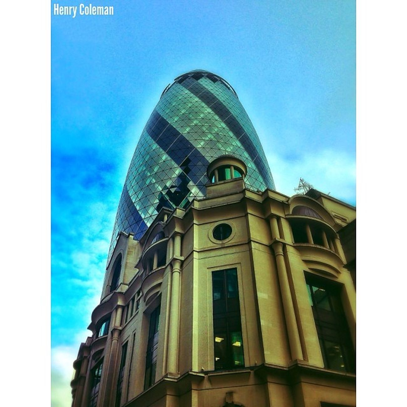 I chose this perspective as it looks like The Gherkin has been placed on top of this building. Like a giant poached egg on a cup! 3/5 5shotchallenge Deep Rich edit of the World Famous Gherkin. Udog_edit Udog_peopleandplaces Gherkin Stmarysaxe Lovelondon London London_only Londonpop London_only_members Igerslondon Ig_london Ig_england Jj_edited Ig_europe Guesstination Streetshot_london Internationalgrammers The_photographers_emporium Rising_masters Icu_britain Streetshot_london Splendid_editz