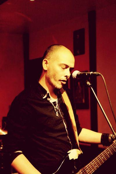 Noï., Noir Desir Concert Guitar