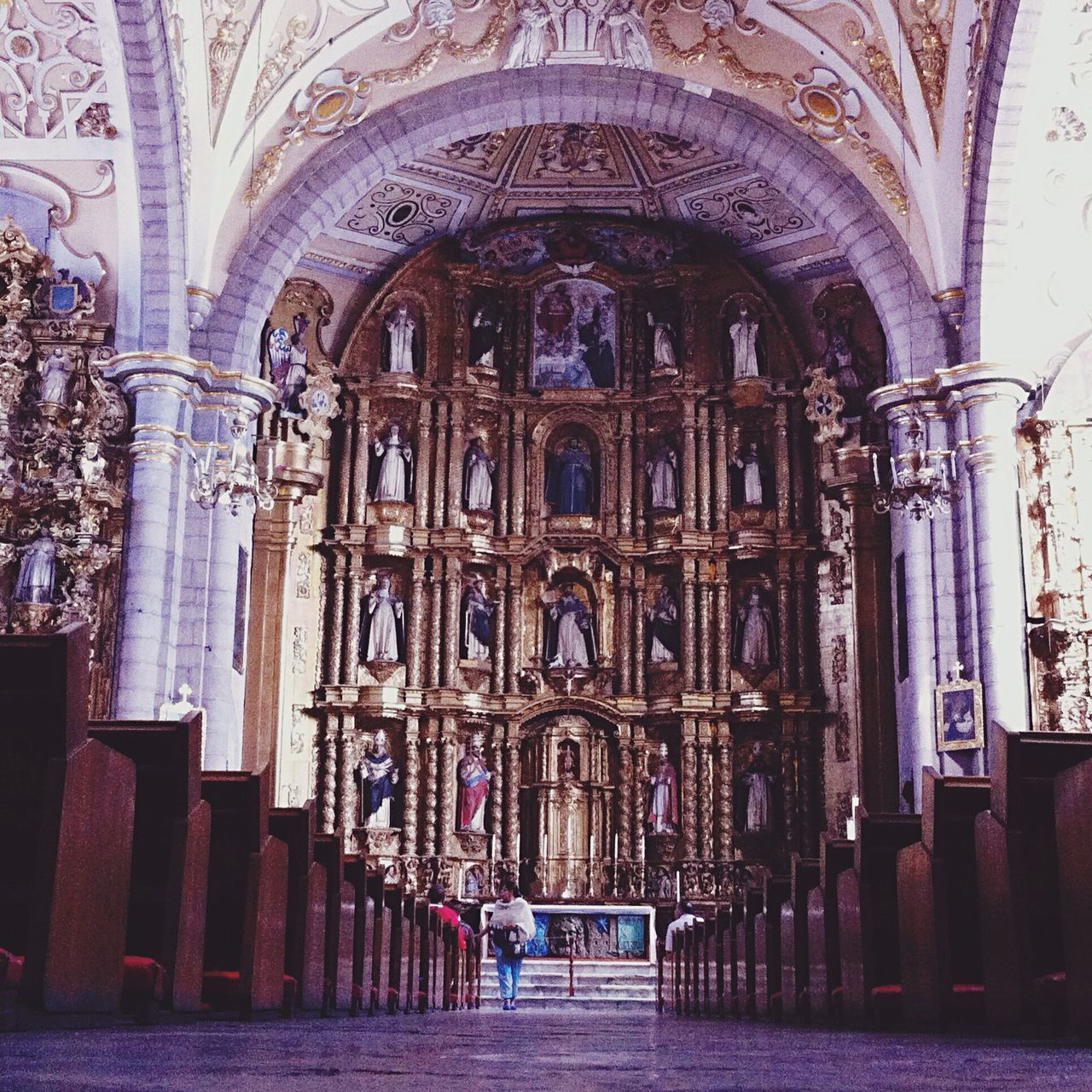 Yomochilero en Puebla [Templo de Santo Domingo] Mexico