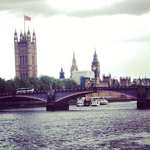 ILuvThisCity ❤️ Londontown Bigben Housesofparliment LilStrollDownTheRiver ???