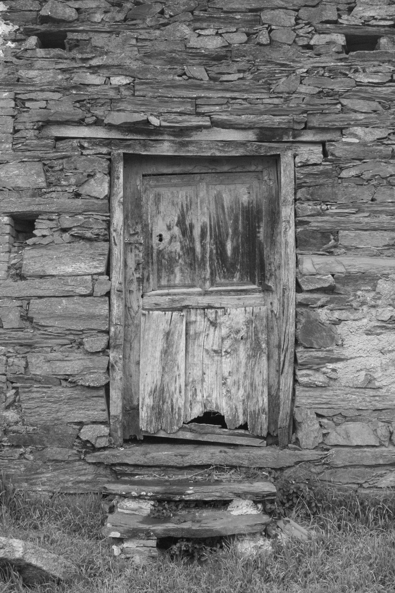 Abandoned Architecture Building Exterior Door Doors Old Outdoors Pueblos De España Puerta Wood Wood - Material Zamora
