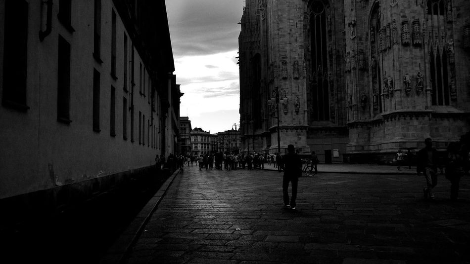 Every so often, we all gaze into the abyss. Eventually the clock expires; eventually the sand in the hourglass runs out. Abyss Into The Abyss Milan,Italy Life Is Now Don't Know What It Is! Appearance Beautiful Place Beauty In The Darkness Nothing Lasts But Nothing Is Lost First Eyeem Photo EyeEmBestPics Eye4black&white  EyeEm Best Shots - Black + White EyeEm Bnw Hello World HelloEyeEm City Urban Urbanphotography Duomo Milano