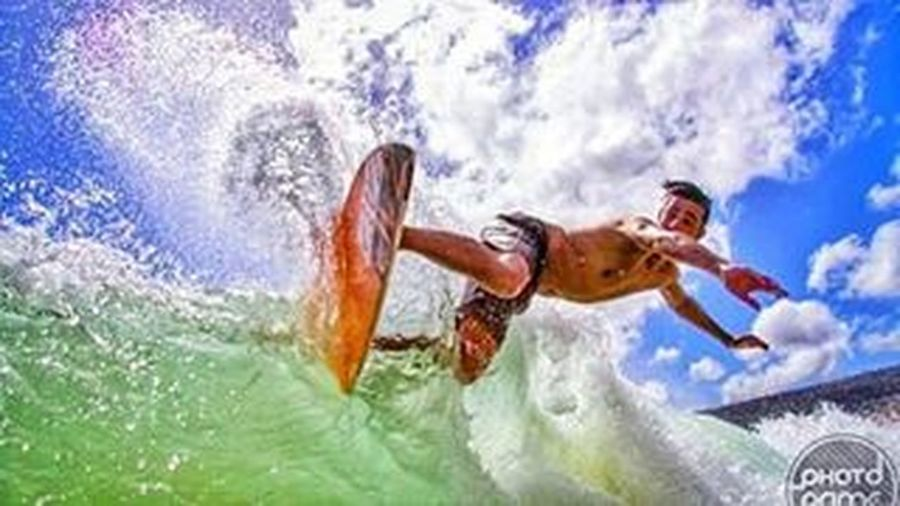 Only riders knows the feeling 👊👊👊 Skimlife Skimboard Truelove Lifeisshort Enjoy Paradise Collorfull Waves Autumndays Movember Snapseed Snapseedaily Vscocam Vscophoto Portugaldenorteasul Portugalcomefeitos Portugal