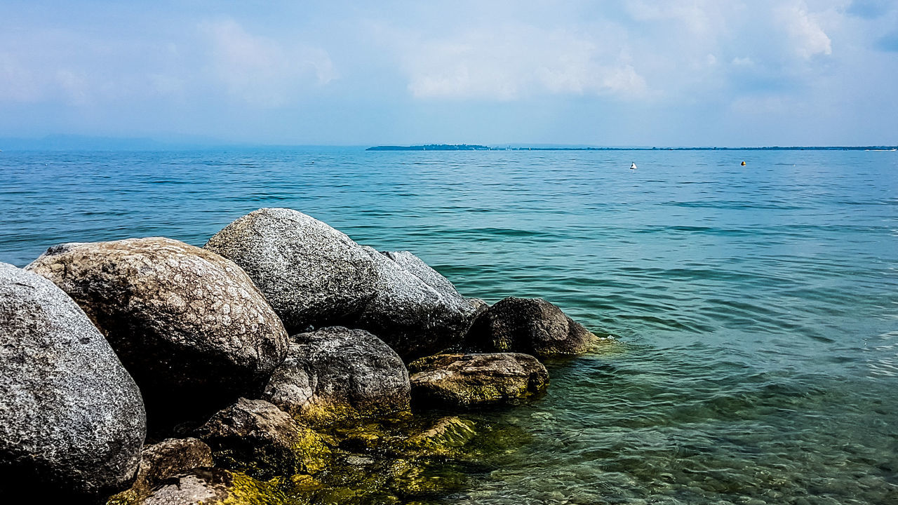 Landscape Landscape_photography Lake Lake View Lakes And Mountains Rocks Rock Blue Blue Sky