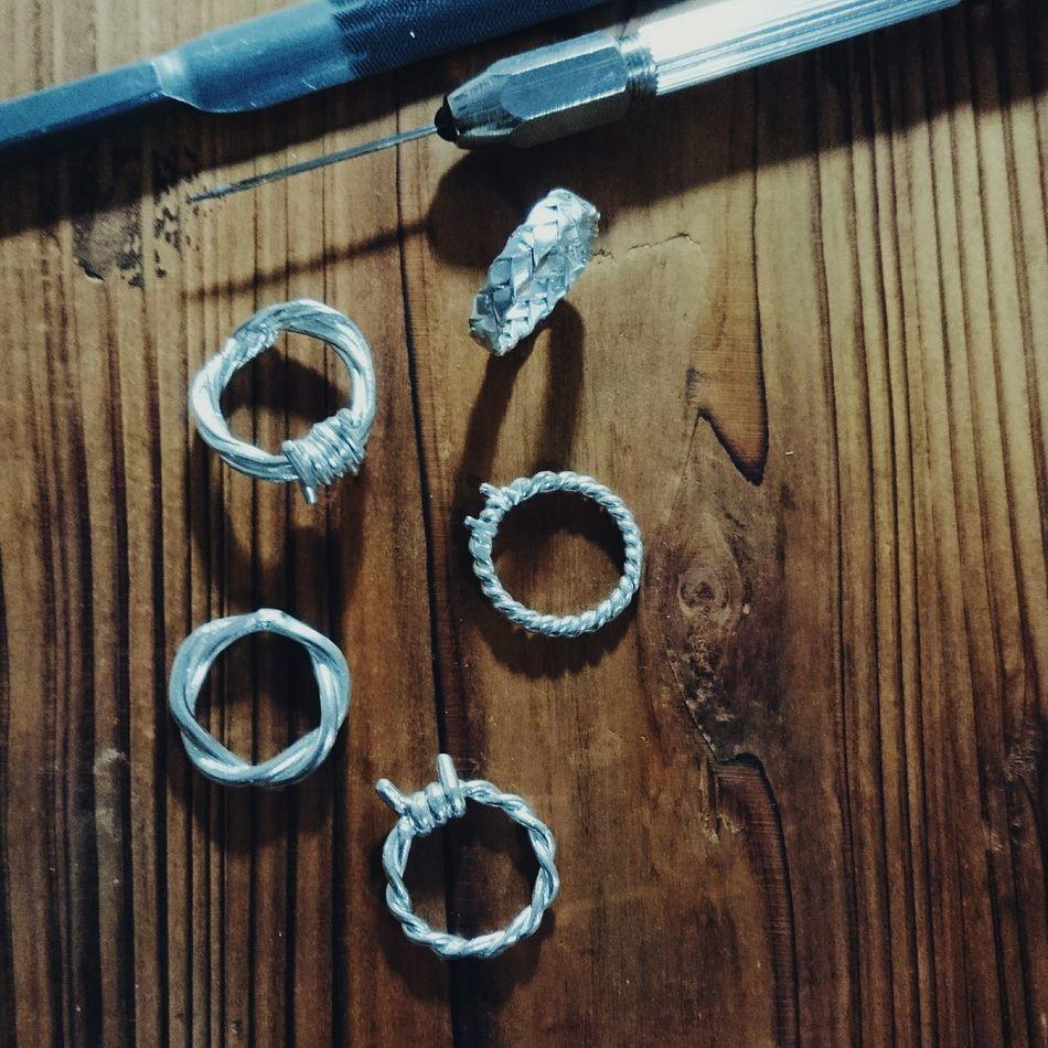 可以賣了嗎😳。 Metal Art Metalworking Rings Silver  Jewelry 925silver Art Berbed-wire Weave 戒指 Hi!