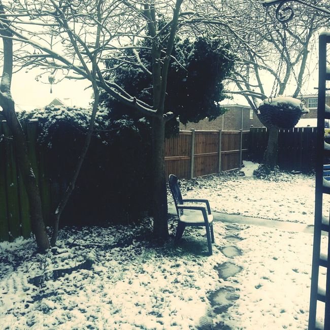 Snow 6 Days Before Easter!!!