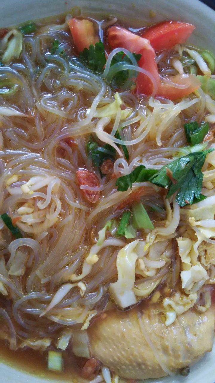 noodles, food and drink, food, ready-to-eat, noodle soup, healthy eating, freshness, soup, serving size, indoors, bowl, no people, close-up, meal, soup bowl, day