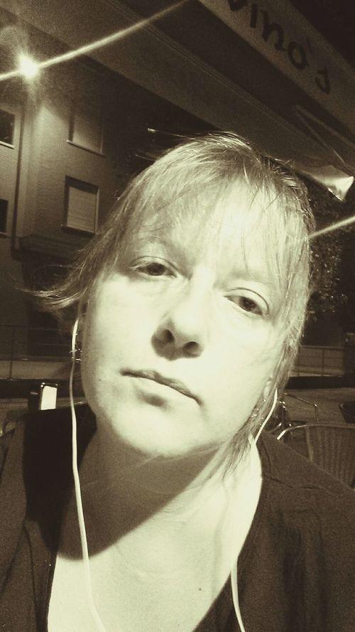 Sepia Selfie Music MiMomento 🎧☕💭📱
