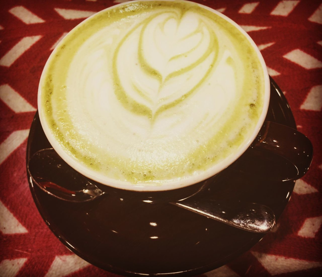 drink, coffee cup, coffee - drink, frothy drink, refreshment, food and drink, cappuccino, froth art, cup, saucer, table, latte, indoors, freshness, close-up, foam, froth, no people, high angle view, healthy eating, day