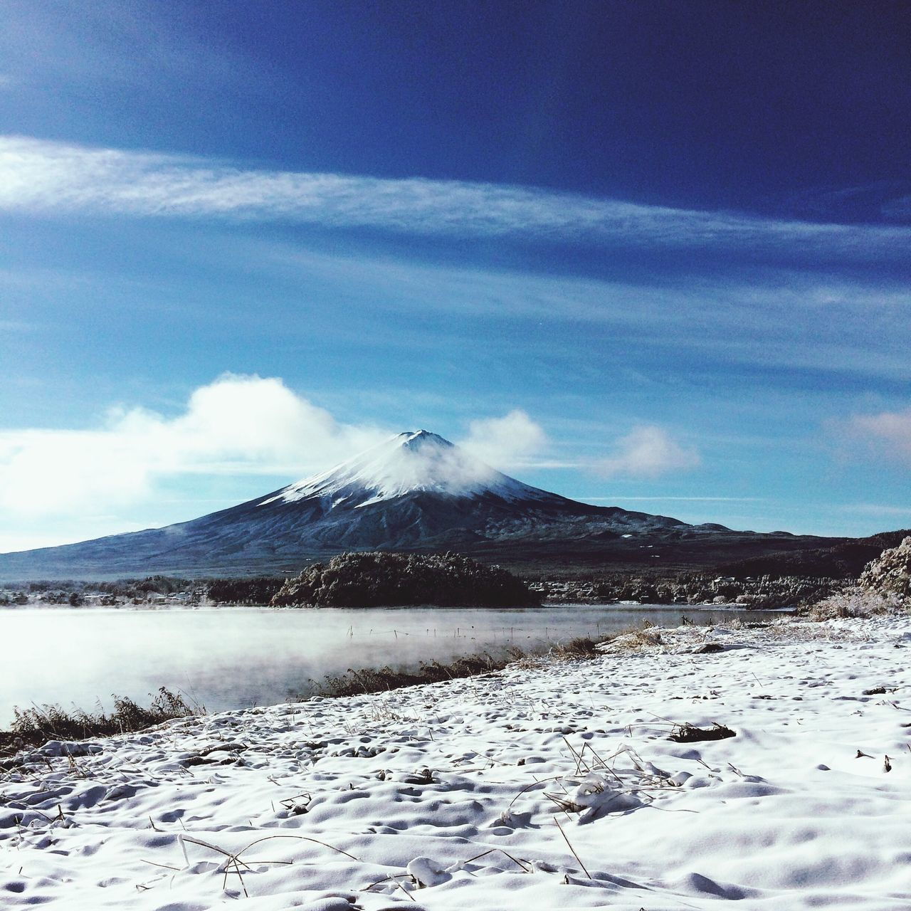 Snow Mountain Cold Temperature Nature Snowcapped Mountain Beauty In Nature Winter Landscape Scenics Sky Tranquility Blue Tranquil Scene Non-urban Scene Physical Geography Idyllic No People Outdoors Cloud - Sky Day Japan Fuji