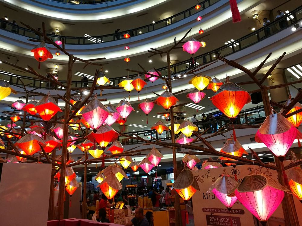 Lanterns Mooncake Festival Shopping