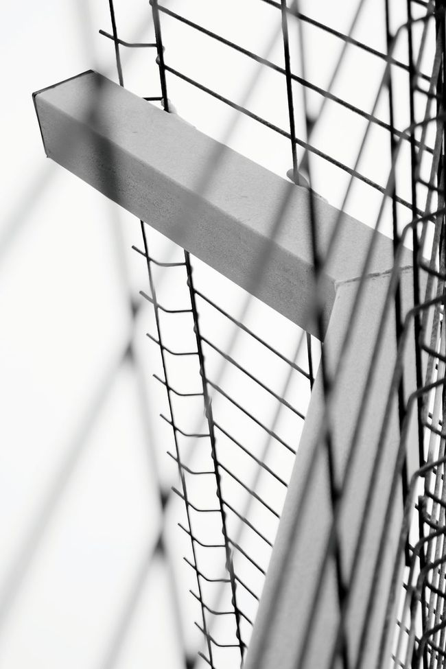 Abstractart Oxidized Oxidation Point Of View Abstract Linea Viewpoint Volvo Ocean Race Details Alicante Port Minimal Lineart Metal Metallic Ironwork  Iron Metal Art White Color WhiteCollection Blackandwhite Blackandwhite Photography Minimalobsession Minimalism Artistic Photo Gate