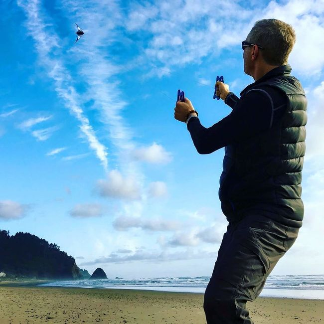 Cloud - Sky Flying Kites Stunt Kite outdoors Outdoors Nature Day Clear Sky Photography Themes Cannon Beach Oregon Coastline Oregon Coast Taking Photos nature