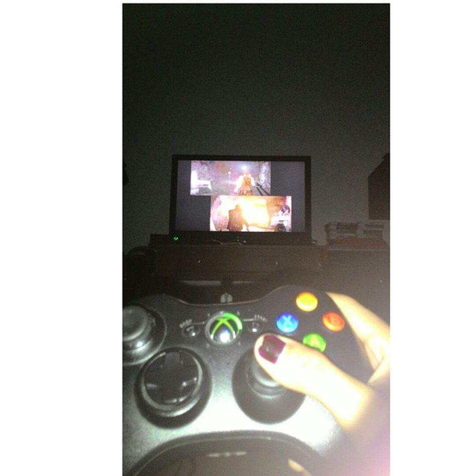 playing Resident Evil 6. ??? Xbox360 Residentevil6 Wellplayed