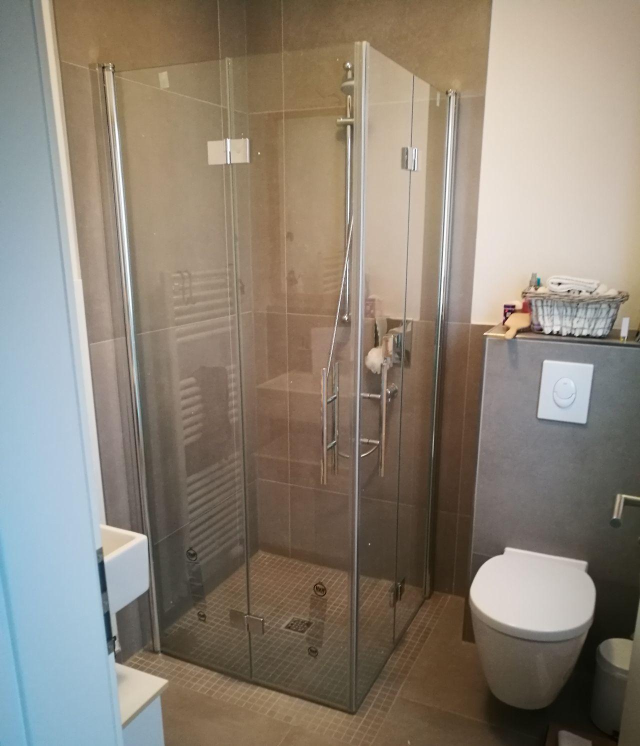 Bathroom Shower Domestic Bathroom Door Reflection Home Interior Luxury Indoors  Residential Building No People Home Showcase Interior Domestic Room Bathroom Sink Sliding Door Day