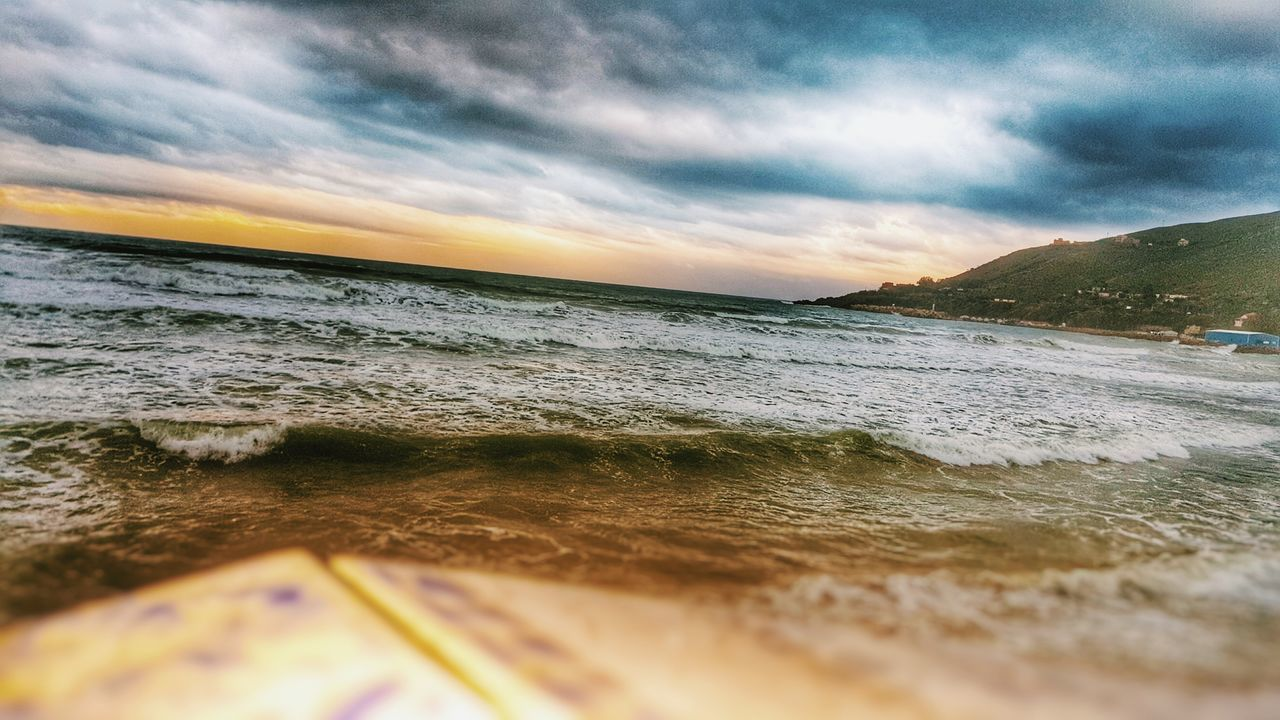 sea, cloud - sky, sky, water, nature, beach, scenics, sunset, beauty in nature, no people, outdoors, tranquility, horizon over water, wave, day