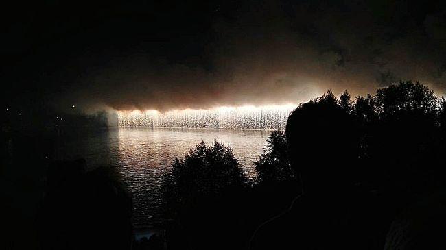 The Magic Mission Fireworks Revere Mantovano Fuochidartificio Cascatadifuochi Pontedirevere Love Beautiful